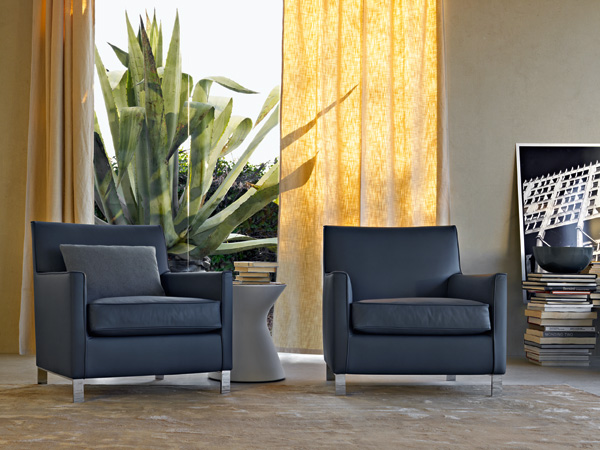 CATALOGUE  Molteni  SMALL ARMCHAIRS FRANCINE