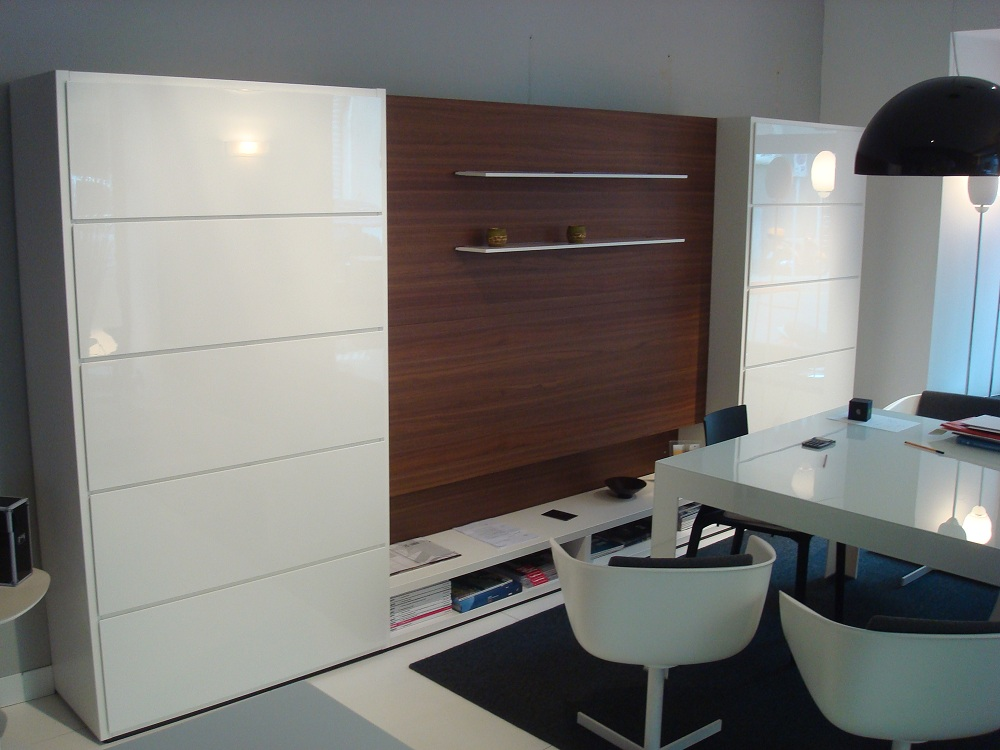 Outlet Mobili Poliform.Outlet Forniture In Trieste